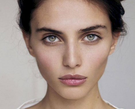 best-concealers-for-under-eye-circles-1
